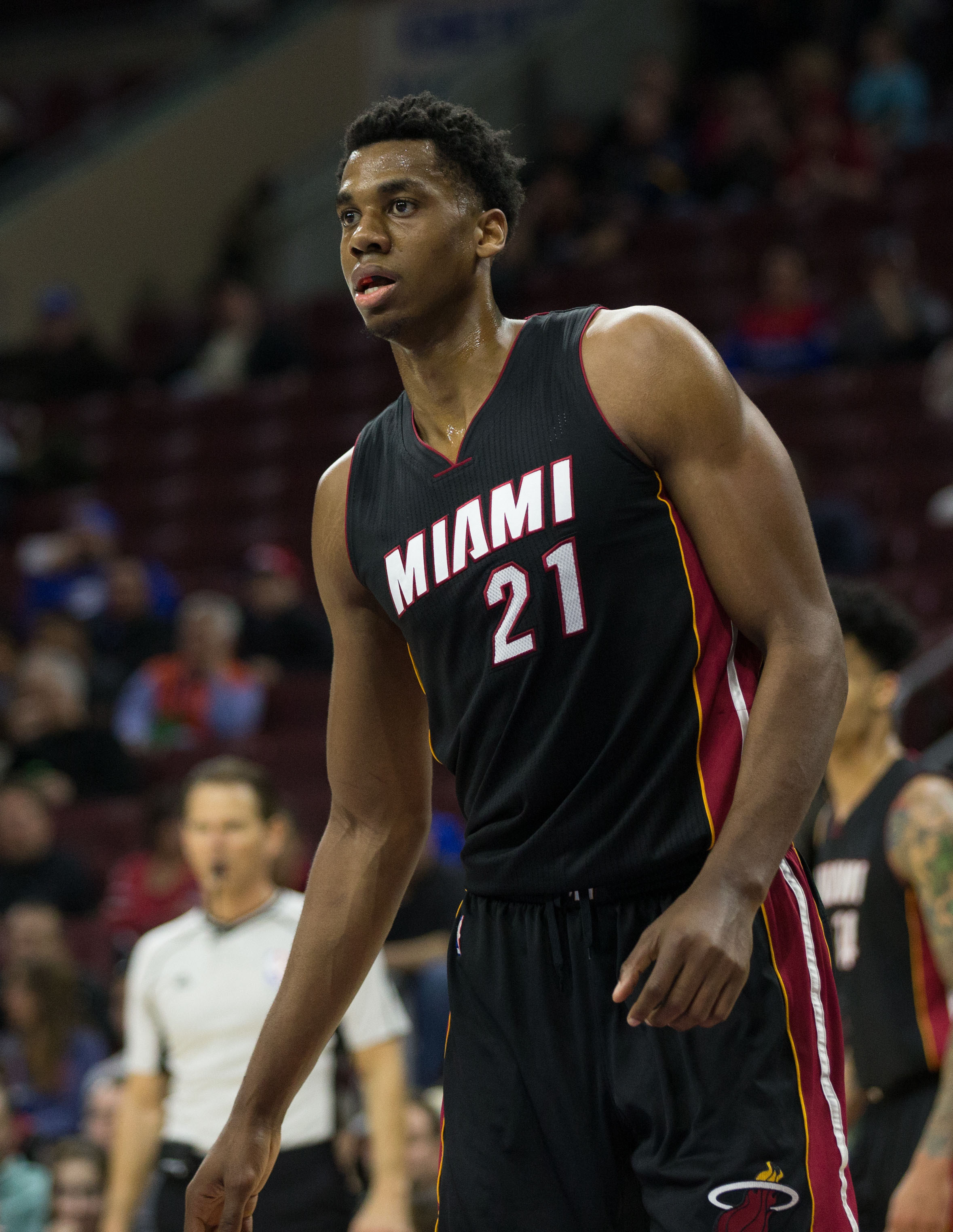 Heat Re-Sign Hassan Whiteside | Hoops Rumors